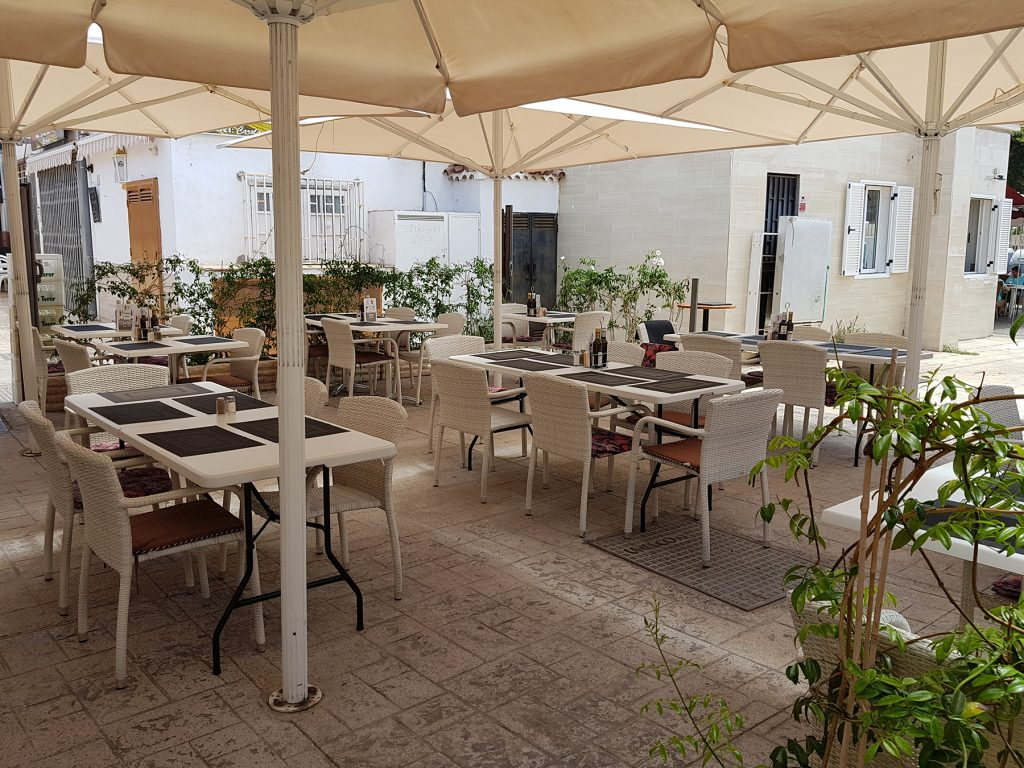 bistro restaurant for sale
